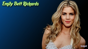 Emily Bett Rickards- 01