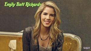 Emily Bett Rickards- 03